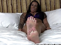 Amazing feet in your face!