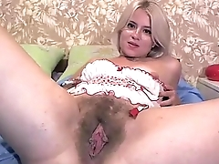 Loveliness Latina Work Her Hairy Pussy   - combocams.com