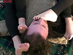 The Anna'_s Experiences Part 2 -Foot Worship Outdoor