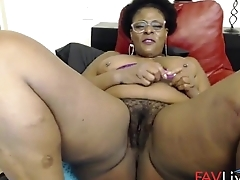 Try to fuck my black phat hairy twat! I want it!