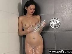 Scalding babe uses say no to toys under shower