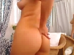 latina in bikini striptease show - girlcams69.com