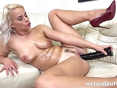 Tanned blonde cums outsider huge black dildo in pussy