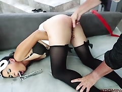 Exotic MILF analyzed by skillful in the astir room