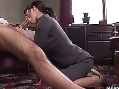 Office Lady Kana getting the brush wet pussy creampied